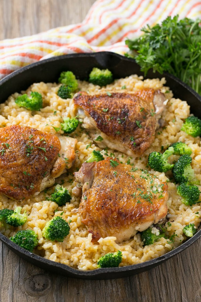 one-pot-chicken-with-cheddar-broccoli-rice-683x1024